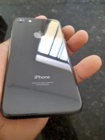 Vendo IPhone 8 64 Gb black