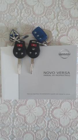 Nissan Versa Unique - Foto 11