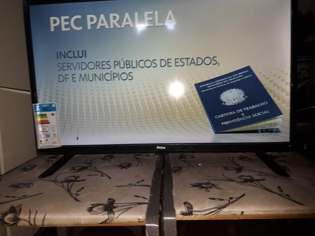 Vendo TV 28 polegadas - Foto 3