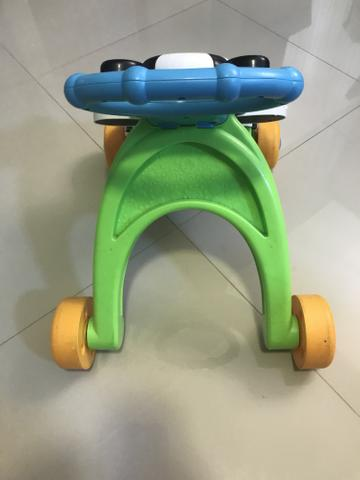 Brinquedo / andador fisher price