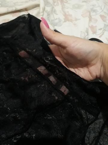 Blusa em tule manga longa com renda - Foto 2