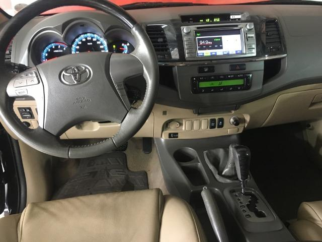 Toyota sw4 srv 3.0 4x4 7 lugares - Foto 11