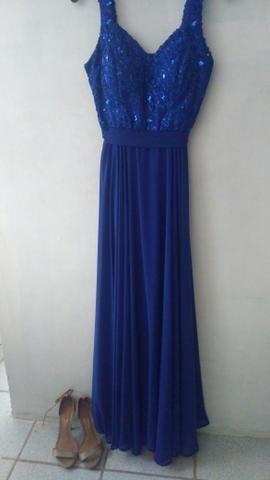 Casamento com vestido azul
