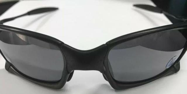 Óculos Oakley Squared X Carbon Black Iridium ORIGINAL - Com caixa medalha e  acessorios 3ec25586f6