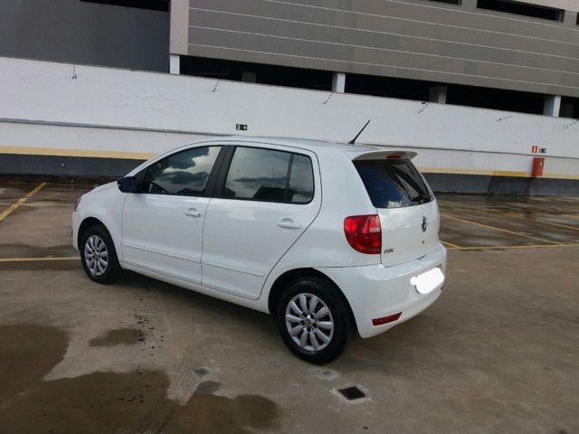 Volkswagen Fox Bluemotion 3cc 1.0 2014  - Foto 6