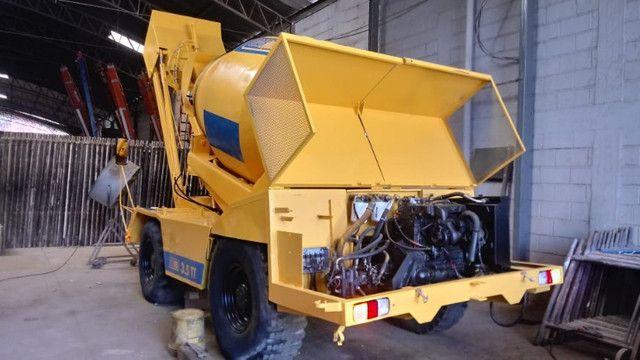 Auto betoneira Carmix 3.5 Tt - Foto 5