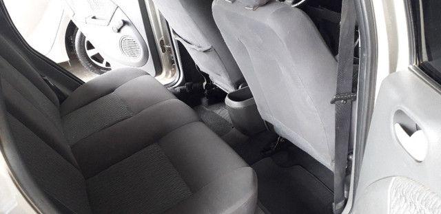 Fiesta Sedan 1.6 Flex 2006 - Foto 6