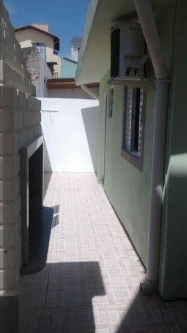 Vendo ótima casa na praia do santinho na ilha de Florianópolis - Foto 7