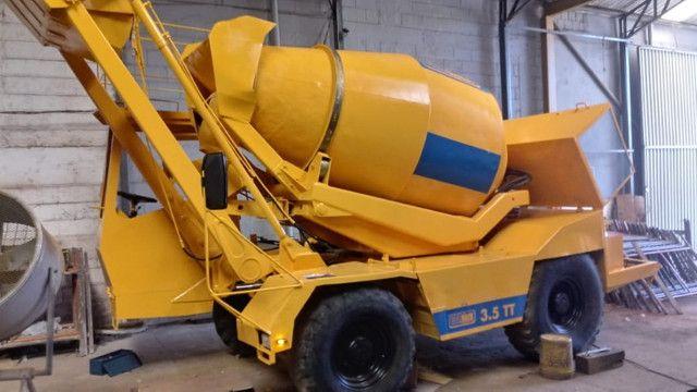Auto betoneira Carmix 3.5 Tt - Foto 3
