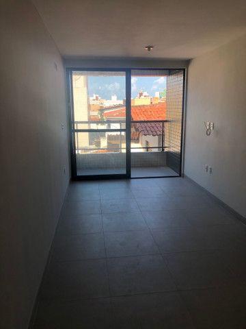 No BESSA,varanda 2 quartos 1 suíte,Prox. A Praça do CAJU - Foto 4