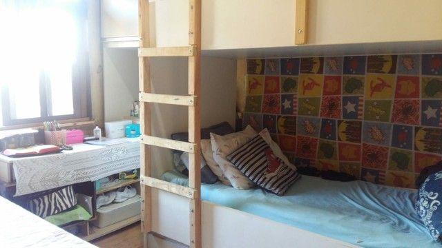 Vende se  cama treliche  sob medida bem conservada  - Foto 2