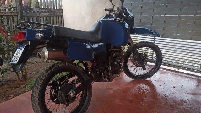 Vendo excelente Motocicleta - Foto 2