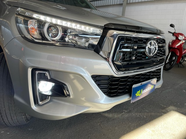 Toyota Hilux Srv Flex 4x4 2020 Garantia de Fabrica - Foto 4