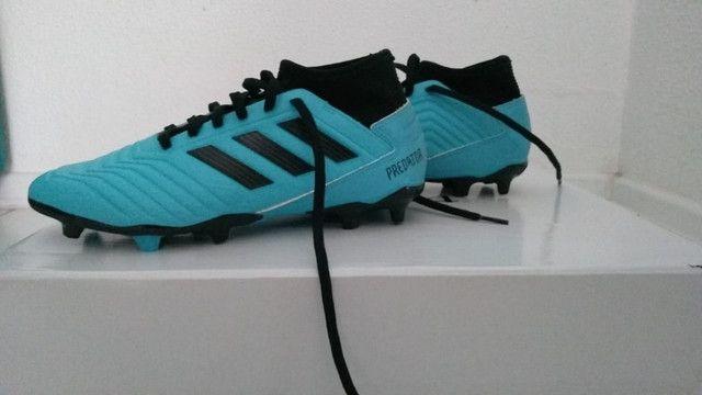 Chuteira Campo Adidas Predator 19.3, azul e preto numero 38, nunca usada