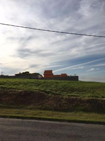 Terreno Cond. Fazenda Alta Vista- TE0118