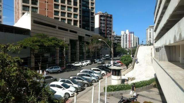Apartamento 1 quarto, sala, varanda, linda vista, próx. Centro da Praia - Praia do Canto