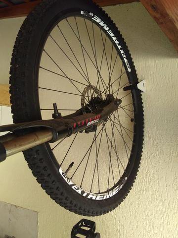 0d59c0887 Suporte pendurar bicicleta - Ciclismo - Jardim Santa Maria