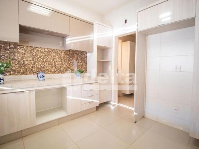 Casa de condomínio à venda com 3 dormitórios em Jardim karaíba, Uberlândia cod:13493 - Foto 4