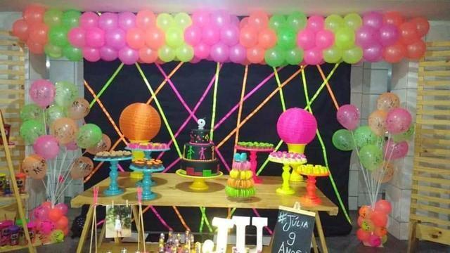 Festa neon em kit paletes - Foto 3