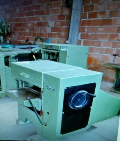 Máquina para medeira