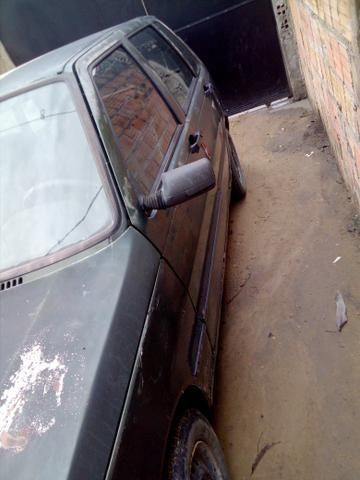 Vendo ou troco em outro carro tipor gol g3 - Foto 2