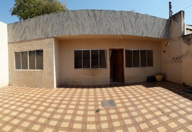 Vendo lote 350 m2 com quatro moradias projeção quatro vezes próximo ao centro Taguatinga - Foto 3