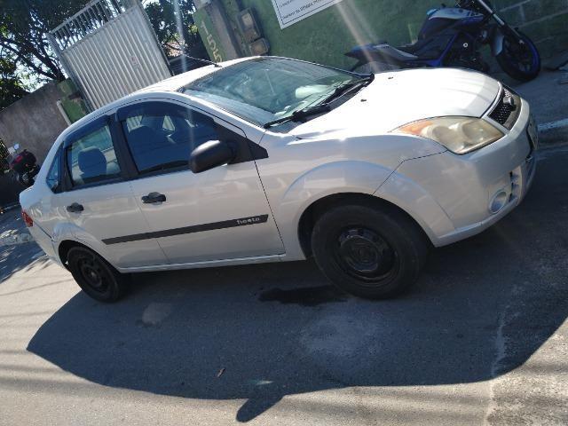 Ford Fiesta Sedan baixei pra vender - Foto 5