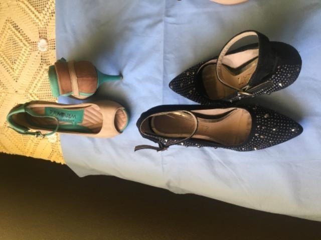Lote de sandálias número 34 - Foto 3