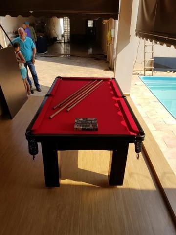 Mesa Madeira 2,20 x 1,20 Cor Preta Tecido Vermelho Mod. SIMC8564 - Foto 2