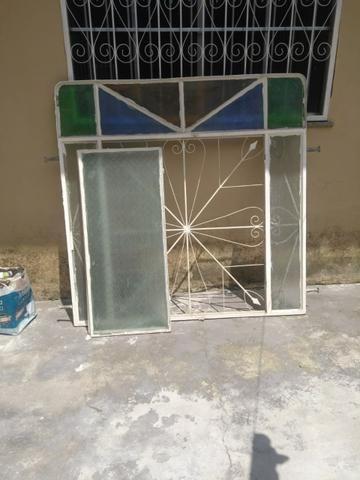 Janela e porta de ferro!!! Vende se - Foto 3