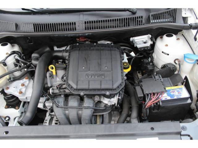 Volkswagen Fox Comfotline 1.0 - Foto 11