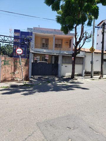 2 casas próximo ao shopping Benfica