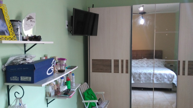 Duas Casas 4 dormitórios frente 2 Ruas estac 8 carros Junto Planalto - Foto 12