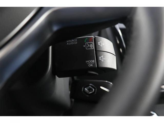 Renault Sandero STEPWAY ICONIC CVT 1.6  - Foto 8