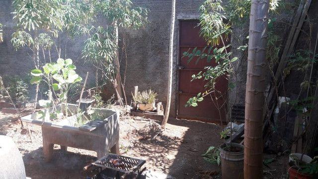 Casa, com 4 apartamentos aptos a alugar, em Excelente Localização! - Foto 16