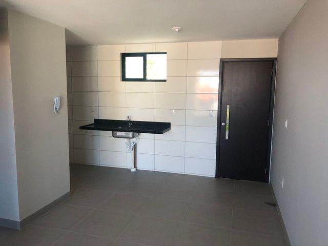 No BESSA,varanda 2 quartos 1 suíte,Prox. A Praça do CAJU - Foto 3