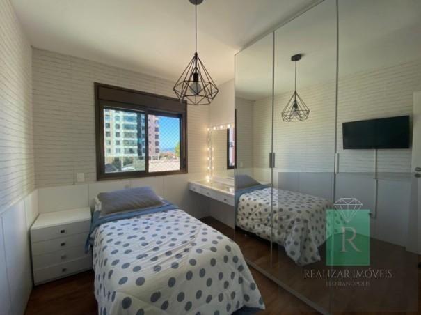 Ótimo apartamento com 03 dormitórios no bairro Balneário - Foto 17