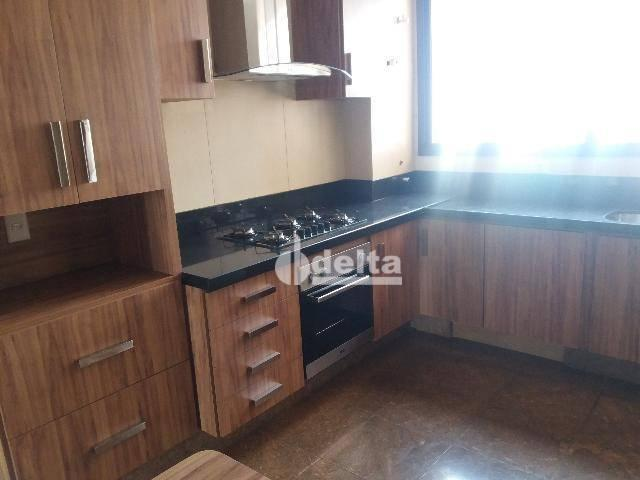 Apartamento com 3 dormitórios para alugar, 200 m² por R$ 2.500,00 - Centro - Uberlândia/MG - Foto 10