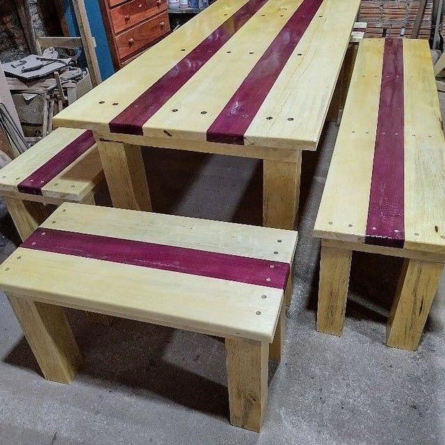 Conjunto de mesa e 4 bancos - Foto 2