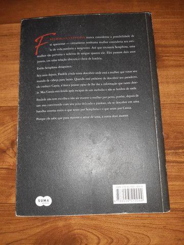 Livro O Cisne e o Chacal - Foto 2