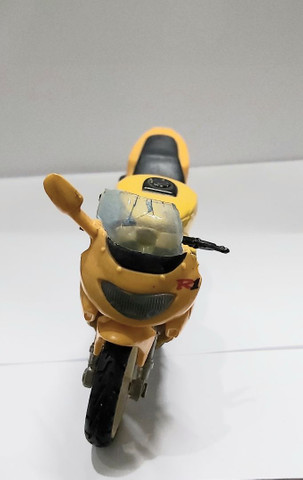 Miniatura Moto Yamaha R1  Escala 1:18 - Foto 3