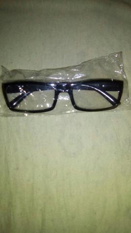Vendo armação de óculos novo