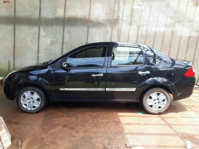 Carro Ford Fiesta sedam 2007/2008
