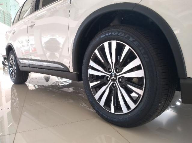 Mitsubishi Outlander 2.0 Mivec Hpe - Foto 9