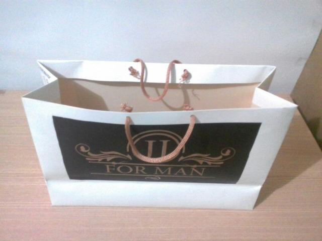 Compre-100-sacolas-de-papel-branco-personalizada-em-são-luis-tamanho-média