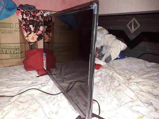 Vendo TV 28 polegadas - Foto 2