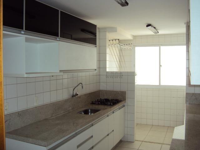 Apart 2 qts q suite armarios e lazer completo otima localização - Foto 4
