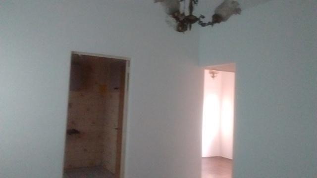 Apartamento simples com 02 quartos e 01 vaga coberta - Foto 3