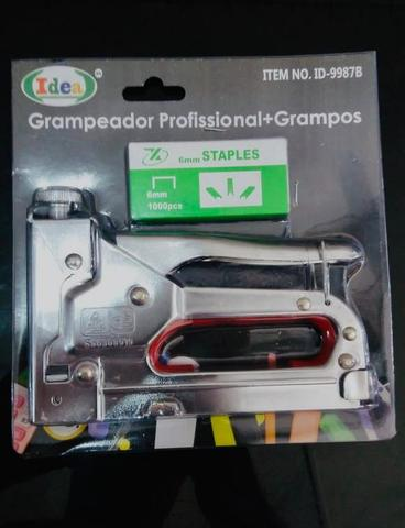 Grampeador + mil grampos