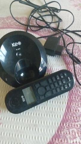 Um telefone sem fio preto